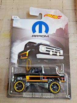 Hot Wheels 2018 '70 Dodge Power Wagon Black Mopar Series 8/8